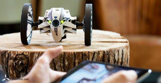 Jumping Sumo parrot mini-drones